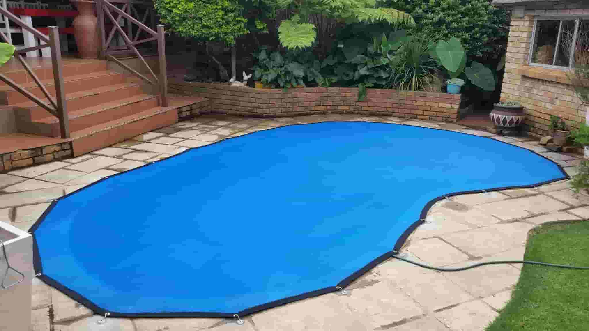 Pool Leaf Net - Pool Leaf Catcher installed by Nets4Pools get yours ...